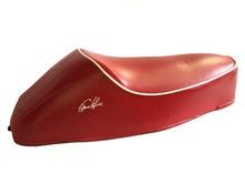 Sella Vespa 50 con gobba rossa